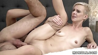 Young cock filled mature pussy