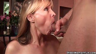 Shoot your cum in her mouth