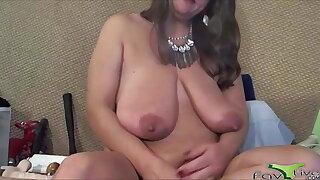 Dirty talking pleasure goddess masturbates huge clit