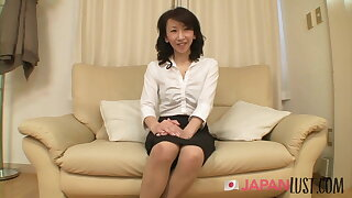 Real Japanese Granny Squirts Hard - JapanLust-com