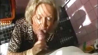 Hot granny with big breasts gets fucked by her boytoy